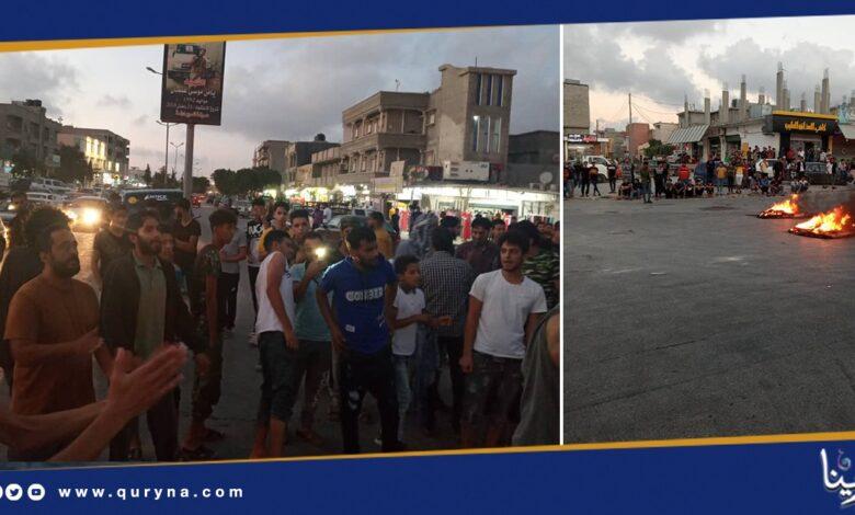 Photo of بالصور.. البيضاء : تظاهرات تطالب بإقالة حكومة الثني