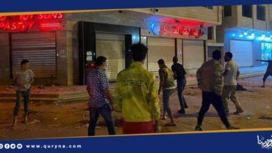 Photo of بنغازي : تكسير وحرق لحلواني الفايدي بطريق المطار