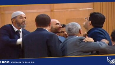 Photo of تونس تغرق في فوضى دستورية و ملاسنات البرلمانيين لا تنتهي