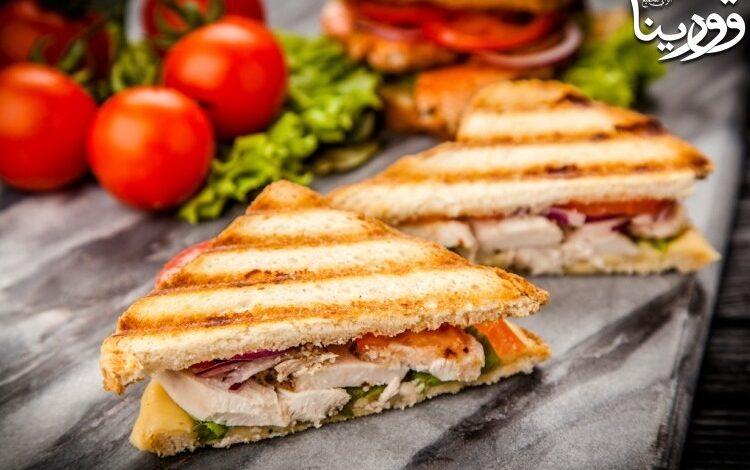 Photo of قورينا اختارت لكم ساندوتش دجاج بالصلصة الفرنسية