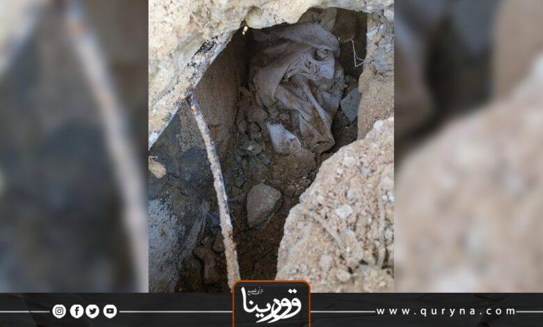 """Photo of """"صرمان_ على غرار داعش في العراق .. مليشيات الوفاق تنبش القبور وتهدم الأضرحة"""""""