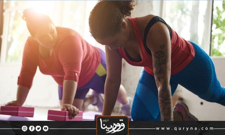 Photo of بالفيديو- تمارين شد للرقبة والكتف وأعلى الظهر لتخفيف الآلام