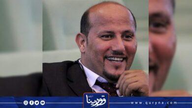 """Photo of اسباقة يدعو لعدم عرقلة جلسة منح الثقة للحكومة الجديدة: """"المواطن أصبح على الحديدة"""""""