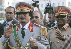 القائد الشهيد والفريق ابوبكر يونس جابر وزير الدفاع