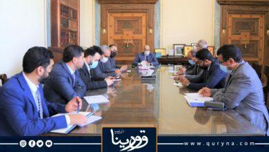 Photo of «محافظ مصرف ليبيا المركزي» يوجه بالإسراع في تطوير آليات الدفع الالكتروني