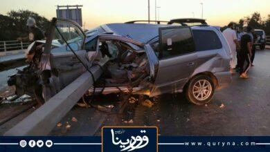 Photo of أمن طرابلس : ارتطام سيارة بالسياج بالطريق السريع ونجاة السائق