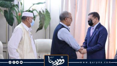 Photo of أعيان ومشايخ وعمداء المنطقة الشرقية للدبيبة: زيارة بنغازي ضرورية للم الشمل