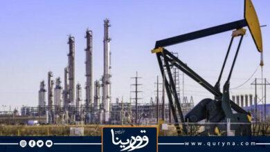 Photo of النفط يغلق مستقرا مع تجاذب السوق بين آمال الطلب ونمو الإمدادات