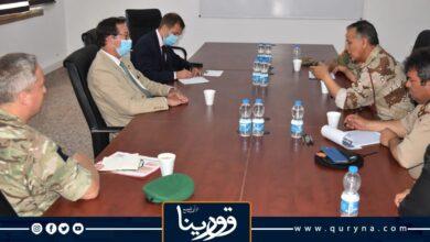 """Photo of السفير البريطاني و المليشياوي """"بيت المال"""" يبحثان إخراج الفاغنر من ليبيا"""
