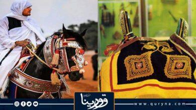 Photo of صناعة سروج الخيل في ليبيا إحدى الصناعات التقليدية التي تتميز بزخرافة جميلة ودقة في التصنيع بشروط متقنه لراحه الفرس أو الحصان وراحة الفارس الذي سيمتطيها وهو يعدو في مضمار سباقات الخيول العربية الأصيلة