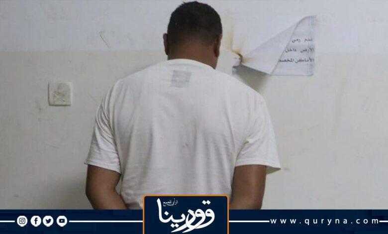 Photo of القبض على شخص سرق عدد من شاليهات ببنغازي